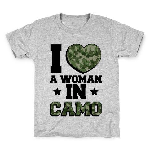 I Love A Woman In Camo (Military Baseball Tee) Kids T-Shirt