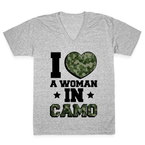 I Love A Woman In Camo (Military Baseball Tee) V-Neck Tee Shirt
